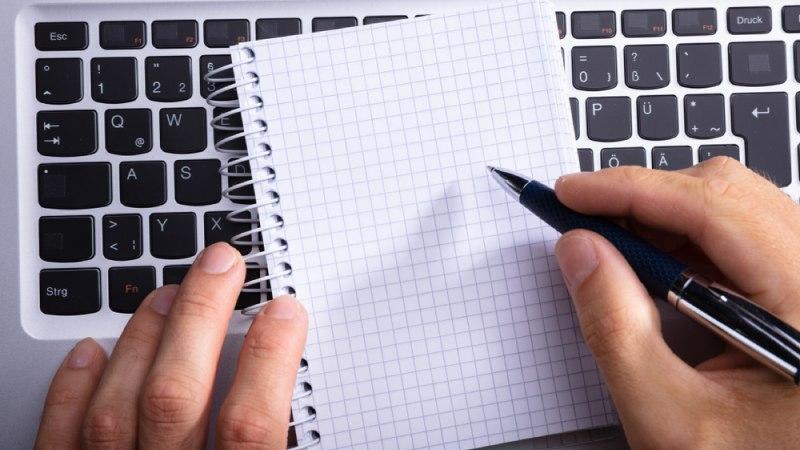 ganar dinero por internet redactando textos